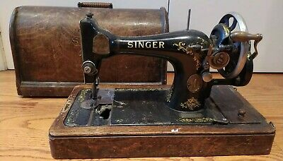 Vintage 1912 Singer Sewing Machine 28K 28 K Wooden Box Case Hand Crank