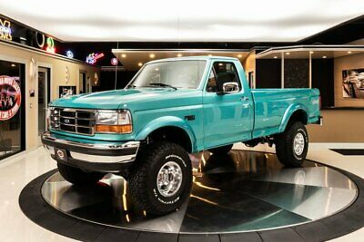 1995 Ford F-150  Pristine F-150! #'s Matching, 351W V8, 4-Speed Auto, 4WD, PS, PB, A/C, Low Miles