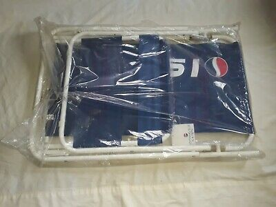 Vintage 1990's Pepsi Folding Beach / lawn Chair w/ tag in org. bag. NOS.