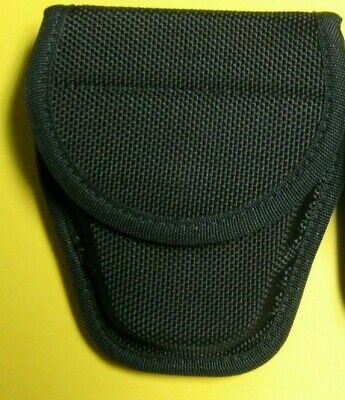 Bianchi Accumold Handcuff Pouch 7300  Barely Used