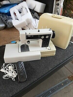Pfaff sewing machine 206