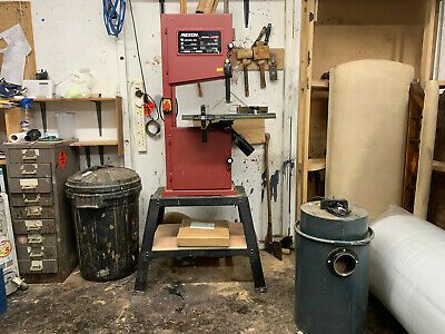 Rexon BS3050AL bandsaw. Excellent condition with blades.