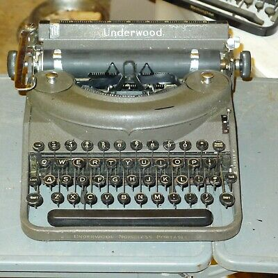 Underwood Noiseless Portable Typewriter, 1941, Excellent++, Types Fine
