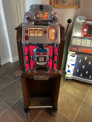 Jennings $1.00 Club Chief Console Las Vegas Casino Slot Machine Sun Chief