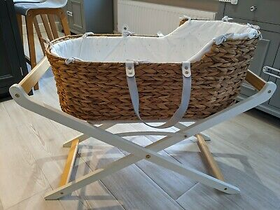 Mothercare Sweet Dreams Moses Basket And Stand. Excellent Condition.