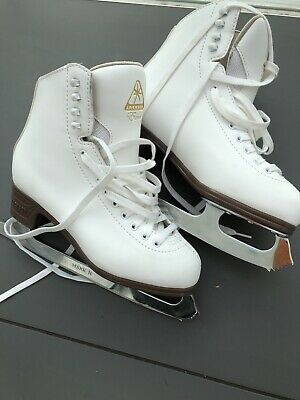 Jackson Excel Ice Skates Size 5/6/7 Guards And Carry Bag