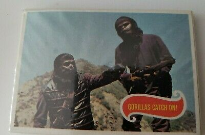 Vintage 1967 Topps Planet of the Apes Cello Pack Brand New Gorillas Catch On