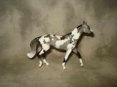 Breyer CM Glossy Decorator Silver Grey Walking Thoroughbred Pinto Stablemate