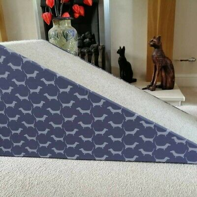 32cm High Pet Ramp Dachshund Fabric, CreamTwist Carpet - Unique