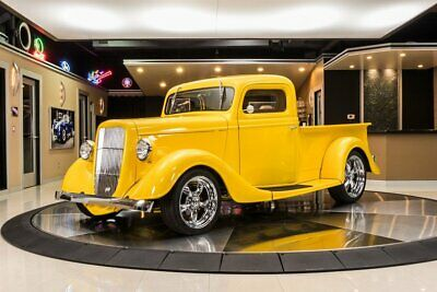 1935 Ford Pickup  Gorgeous Custom Pickup! Ford 4.6L V8, 5 Speed Manual, Vintage-Air A/C, PS, EFI