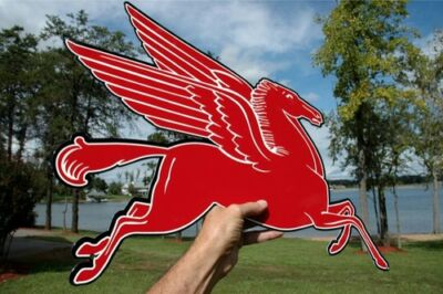"Old Style Mobil Oil 24""  Pegasus Horse Diecut Thick Steel Sign Right Made In Usa"