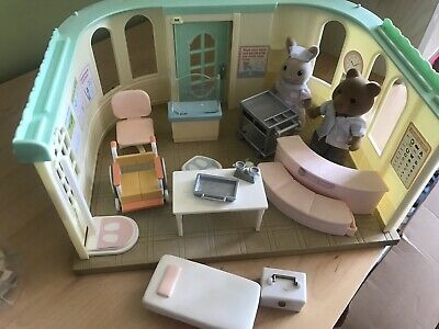 Sylvanian Families - Medical Centre