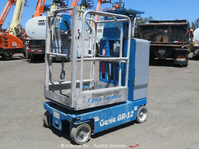 2012 Genie GR12 12' Electric Vertical Mast Lift Personnel Man Aerial bidadoo