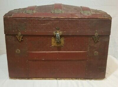 1800s Steamer Trunk (Dome Top)