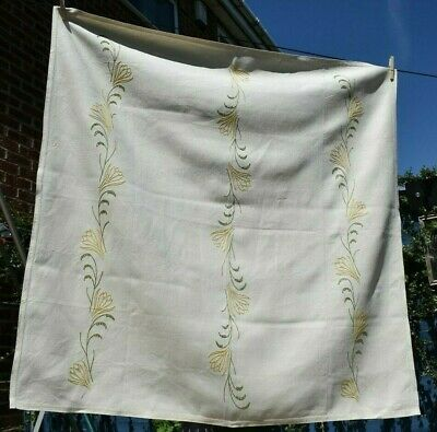 Vintage 1930's Embroidered Linen Tablecloth & Napkins Set Stylised Yellow Lilies