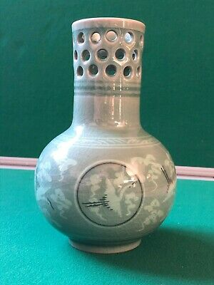 green chinese vase ornament old used collectable oriental vintage