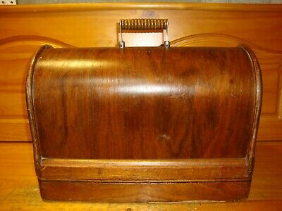 1918  Singer Bentwood Case for Sewing Machines Model 128, 28