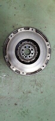 Land Rover Td5 Valeo Dual Mass Flywheel In Good Condition  Psd103470