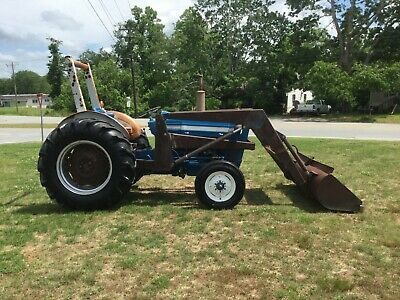 Ford 3000 Diesel P/S Loader Tractor with Only 2942 Hours