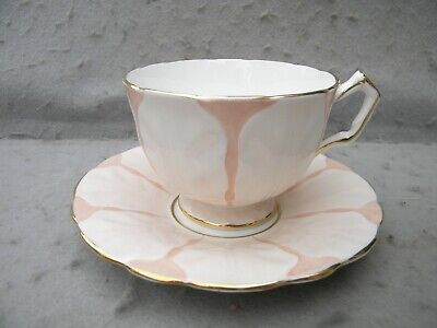AYNSLEY ENGLISH FINE BONE CHINA CABINET CUP & SAUCER in LEAT PATTERN-PERFECT!