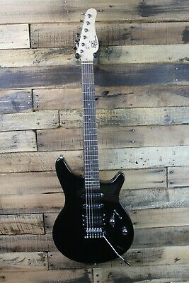 Rogue Rocketeer RR100 Electric Guitar w/ Gig bag - Black   #R3089