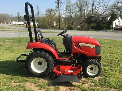 Very Nice McCormick CTJ27 4X4 Tractor with Only 212 Hours