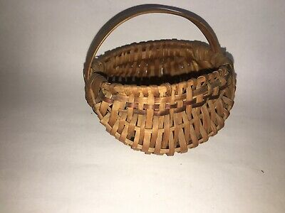 Antique Primitive Miniature Basket  #125