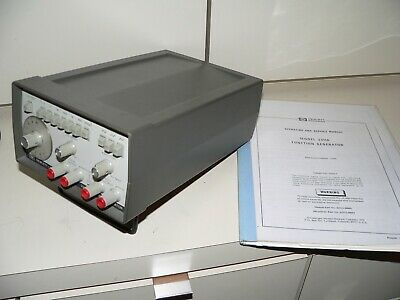 HP 3311A FUNCTION GENERATOR 0.1Hz-1MHz Sine Square Triangle Waves + Manual