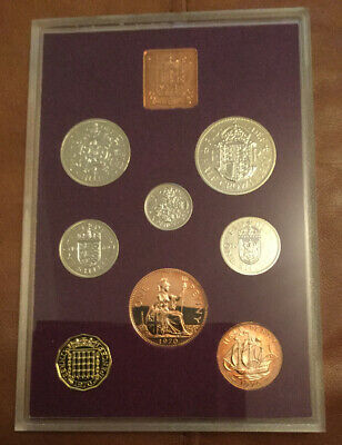 ROYAL MINT 1970  Coinage Of Great Britain & Northern Ireland Proof Coin Set