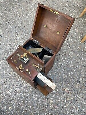 Large Victorian / Edwardian Wet Cell Electrotherapy Shock Machine Mahogany Cased
