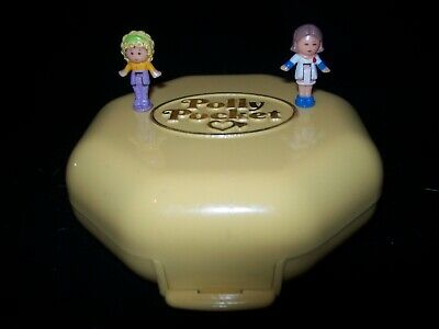 EUC 100% Complete Vintage Polly Pocket Polly's Hair Salon 1990 (RARE VARIATION)