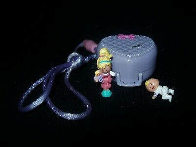 EUC 100% Complete Vintage Polly Pocket Baby and Blanket Locket 1993