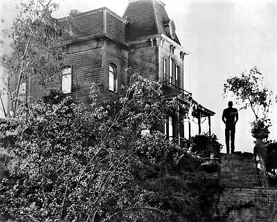 New Photo: Norman Bates at the Bates Motel, Psycho - 1960 Horror Film - 6 Sizes!