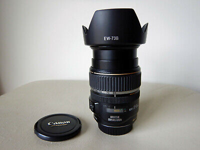 Canon EFS 17-85mm f4-5.6 Is USM lens with hood
