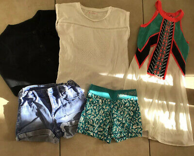 Girls Bundle Of Clothes 5 Pieces  7/8 Yrs Vgc
