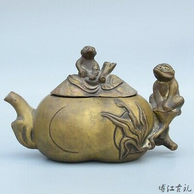 Collectable China Old Bronze Hand-Carved Monkry & Flat Peach Auspicious Tea Pot