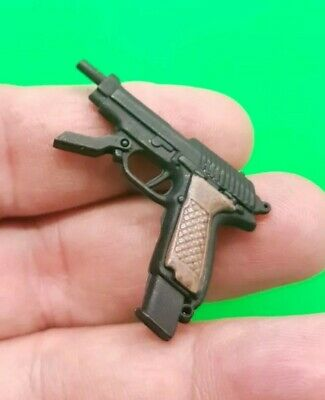 Beretta Pistol #1-1//6 Scale Redman Action figures Neo the One
