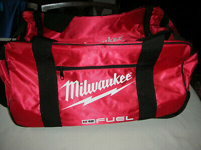 """Milwaukee M18 19/"""" Fuel Large Contractors Heavy Duty Duffel Tool Bag With Wheels"""