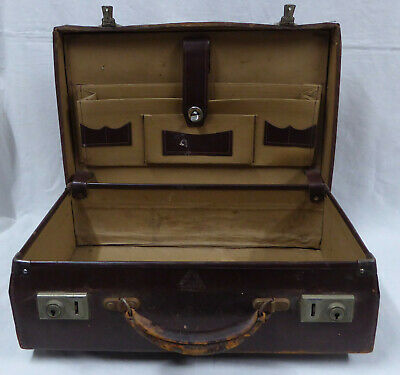 Vintage Collectable Small Genuine Leather Brief/Suit Case
