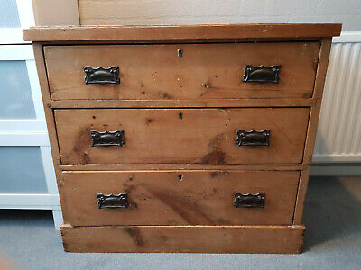 Antique Late Victorian pine chest of drawers