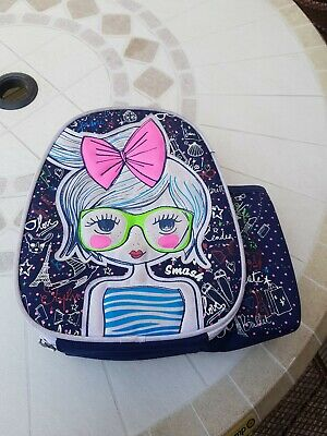 Girls Smash Insulated Lunch bag/box with Handle .