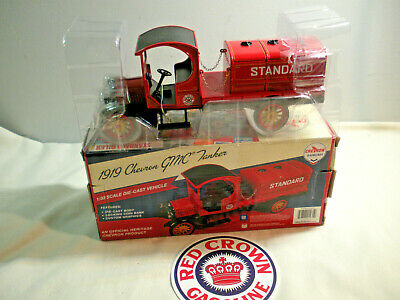 1919 GMC TANKER TRUCK # 4 in the CHEVRON,STANDARD OIL RED CROWN Series MIB