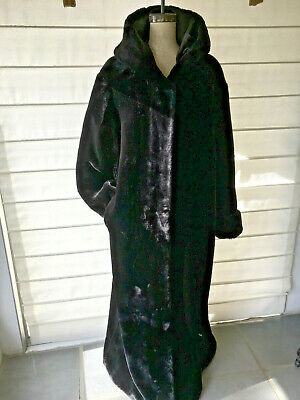 Fake Fur - Beautiful Full length coat with Hood