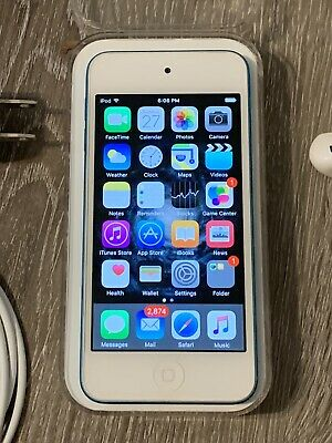 Blue Apple iPod Touch 6th Generation 32GB w/Case Bundle Near Mint Condition