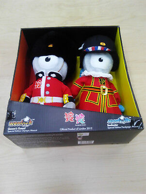 LONDON 2012 OLYMPIC COLLECTORS FIGURINE QUEENS GUARD BEEFEATER UNION FLAG NEW