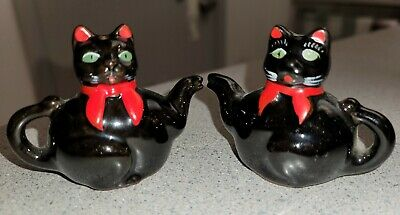 Black Cat Kitty Tea Pot Salt and Pepper Shakers Mint Condition Vintage