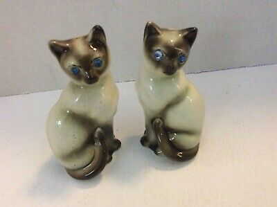 Victoria Siamese Cat Salt And Pepper Shakers