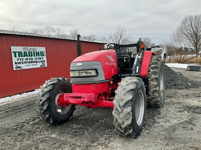 2008 McCormick CX85 4x4 85Hp Utility Tractor w/ Shuttle Transmission  1700Hrs!!