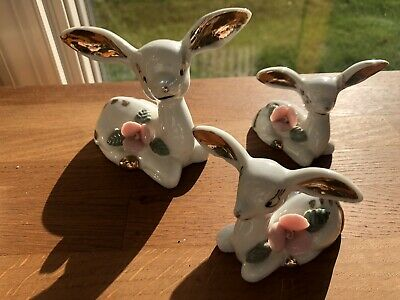vintage nice family porcelain deer sitting collectible figurines one glued ear