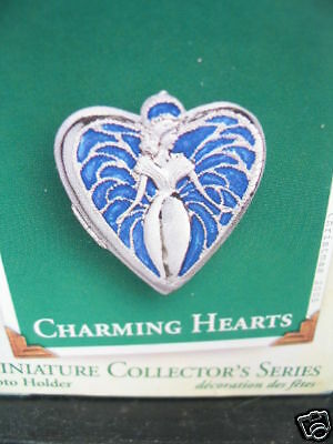 Hallmark Miniature Ornament CHARMING HEARTS Photo Holder New Old Stock